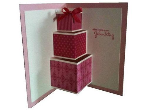 Rosa Geburtstagskarte mit Pop-up Effekt (3D) durch Geschenke