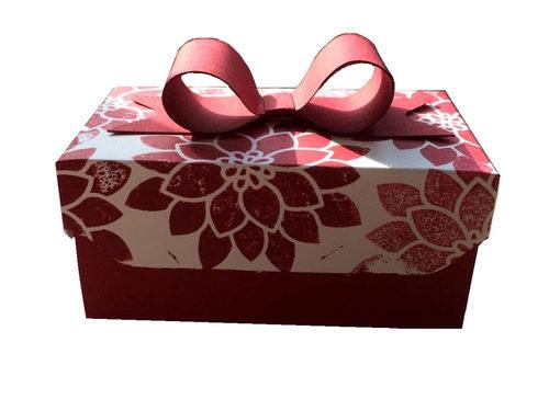 Bastel Dir Geschenkboxen wie diese hier selbts und spare bares Geld.