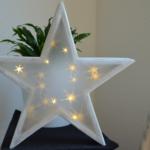 Beleuchteter Stern mit 3D-Hologramm Effekt
