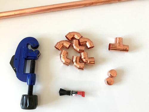 DIY- Weinflaschenhalter aus Kupferrohr