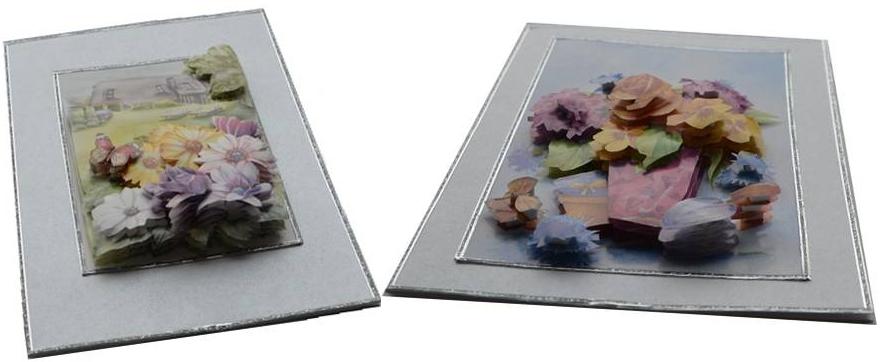 Zwei Klappkarten mit unterschiedlichen Motiven und ausgeprägtem 3D-Effekt.