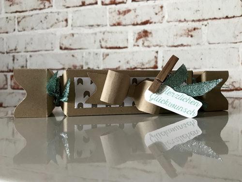Geschenkverpackung Knallbonbon für einen Gutschein