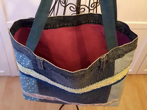 So sieht die Tasche innen aus.