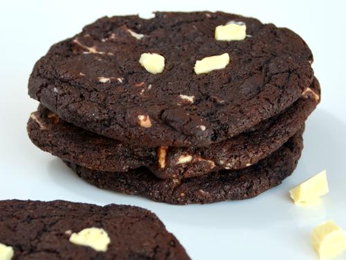 Cookies Kunterbunt mit doppelt viel Schokolade