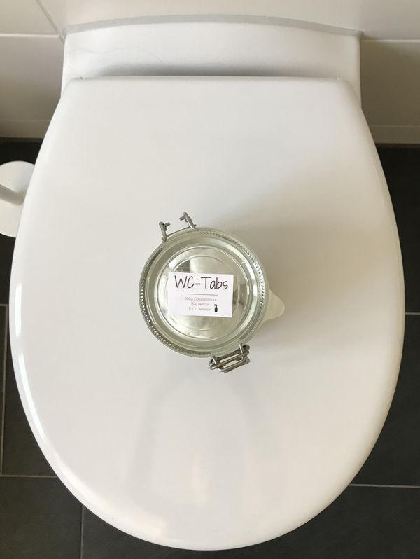 Du kannst für die Toilettenreinigung WC-Tabs selber machen